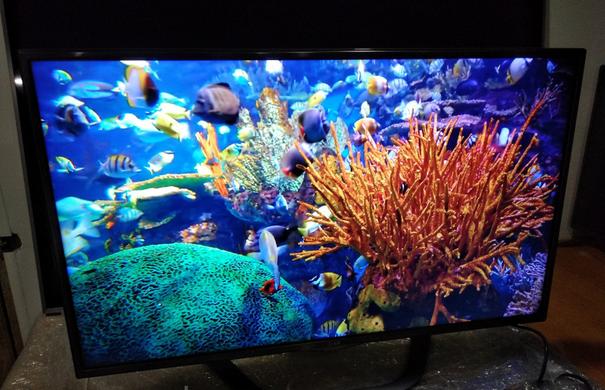 Телевизор LG 42 дюймов с Т2 + Smart Tv Смарт , серый